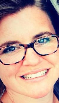 Portrait of author Sarah Anderson