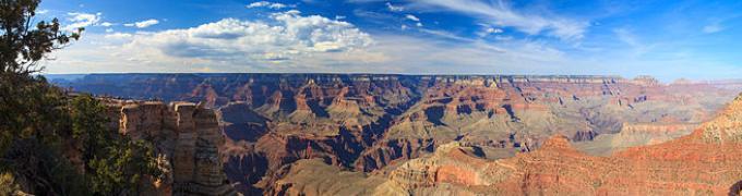 Grand_Canyon_Panorama_2013