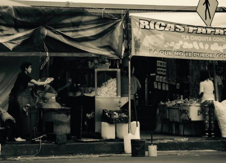 "Photo by Nicolas Poynter ""Ricas papas fritas."""