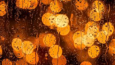 Unfocused rainy image